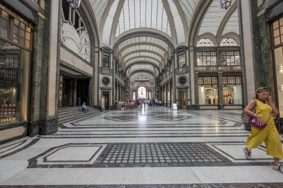 Turijn_Galleria_San_Federico_(5).jpg