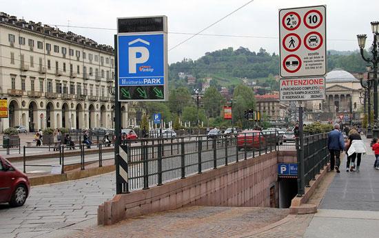 Turijn_parkeren-parkeergarage