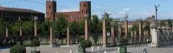 Porta Palatina en het Romeins theater